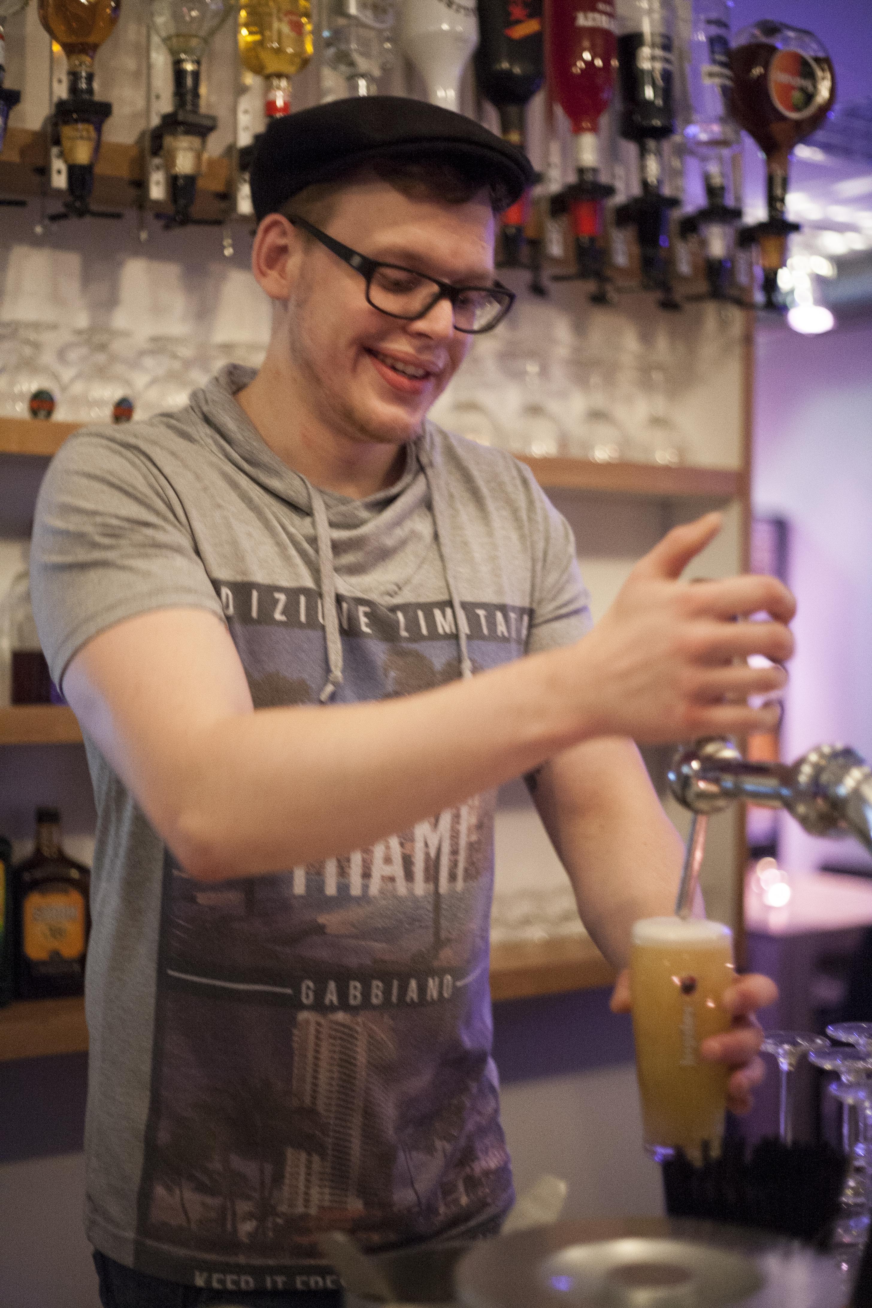 peter tapt bartender